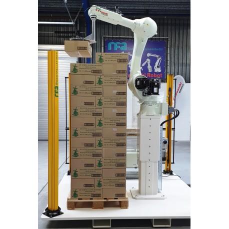 RFA Robotpalletiser systeem RS020N voor 2 lijnen met handmatig aan- en afvoer pallets
